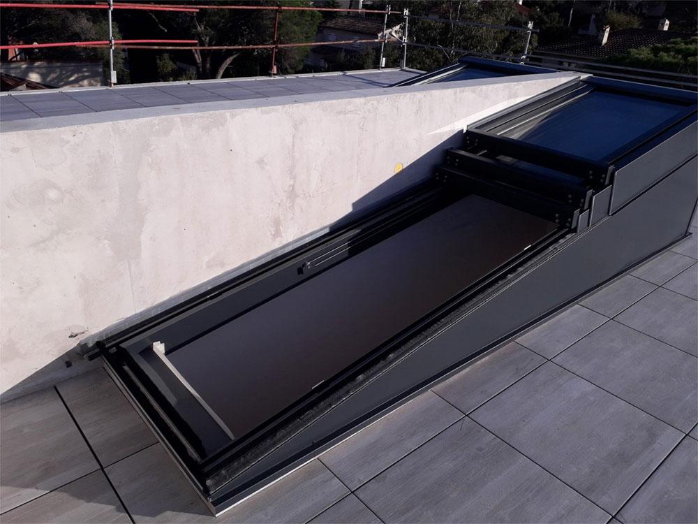 Toiture coulissante pour escalier d'accès au toit sans édicule - TOITEL