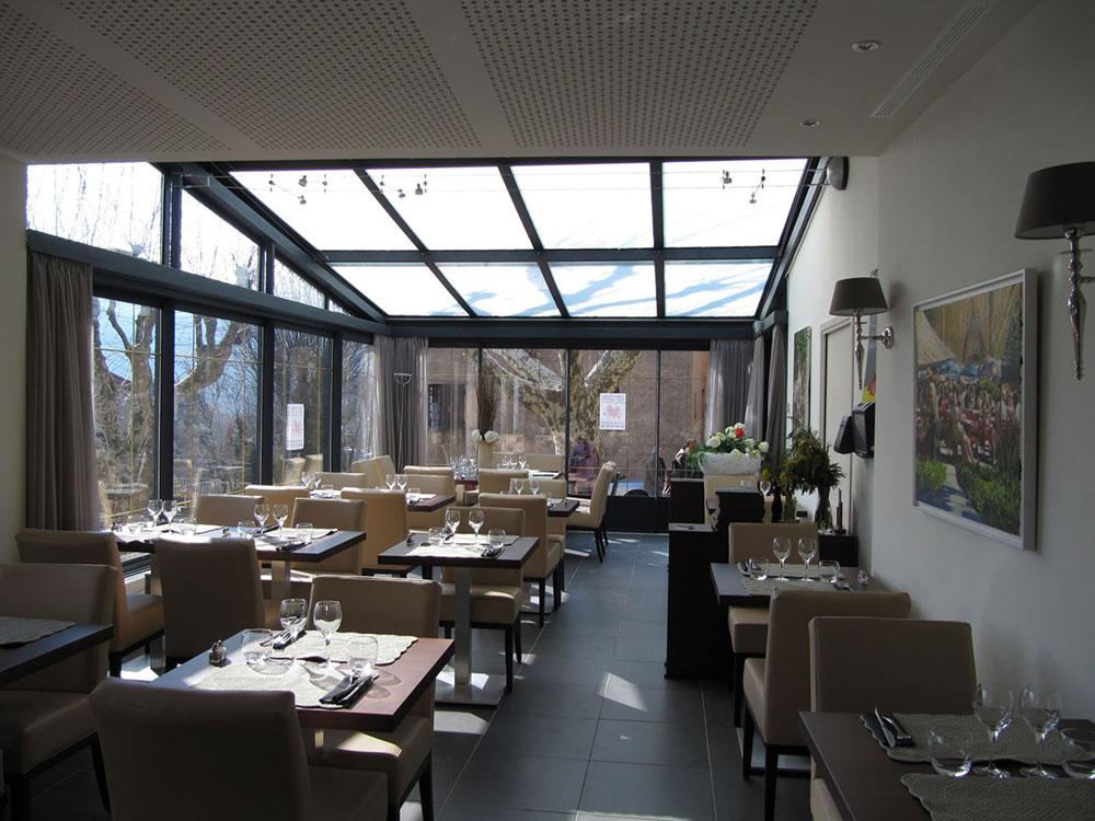 Extension salle de restaurant par une véranda à verrière ouvrante - TOITEL