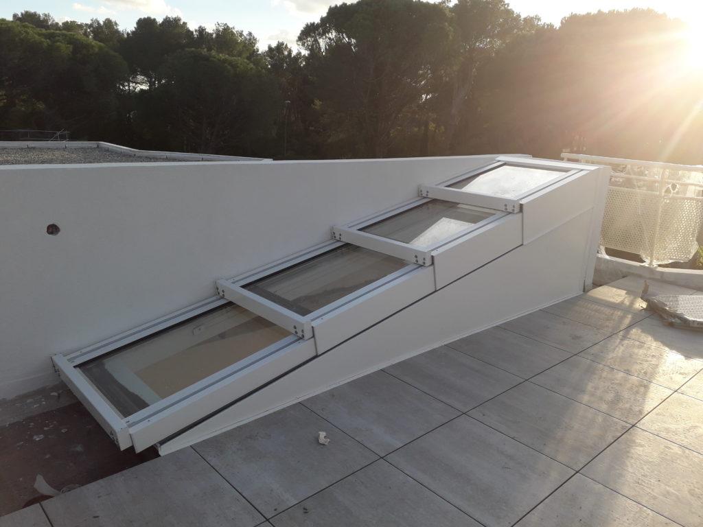 Edicule escalier accès terrasse par toiture ouvrante - 2