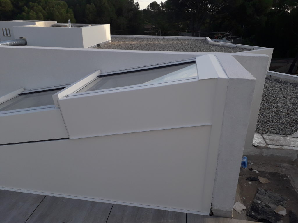 Edicule escalier accès terrasse par toiture ouvrante - 4